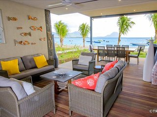 LEDE Beachfront Apartment in Tamarin