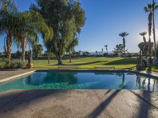 Desert Mountain View Oasis with Saltwater Pool/Spa Fairway View close to, Bermuda Dunes