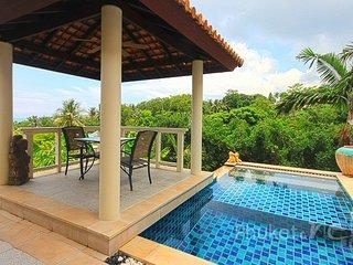 Tropical 4-Bed Pool Villa in Kata