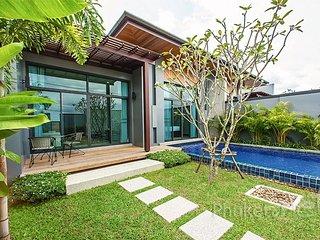 Affordable 2-Bed Pool Villa in Nai Harn