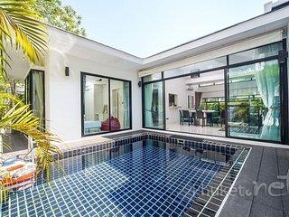 Modern 3-Bed Pool Villa in Kamala