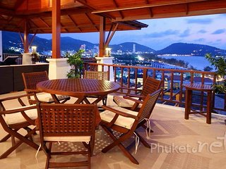 Gorgeous Sea View Villa in Patong