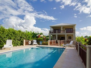 4 Bedroom Villa, Sleeps 9, West Coast, Close to Beach