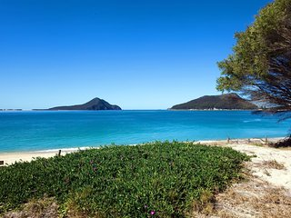 Shoal Bay Beach Apartments, Unit 17/2 Shoal Bay Road