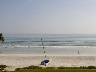 Amazing Views Direct Oceanfront Condo on No Drive Beach, New Smyrna Beach