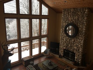 Stunning views of Enchanted Mountain and ski slopes, Ellicottville