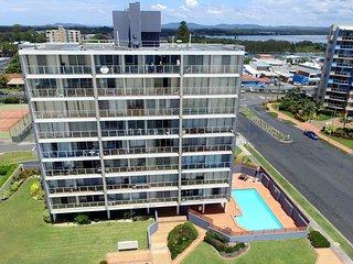 Ebbtide 27 Apartments - Opposite Main beach