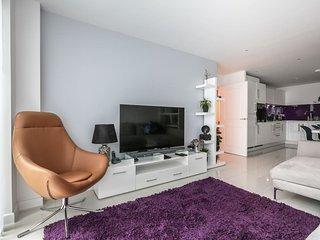 Egret Heights - Luxury 2 Bedroom London Apartment