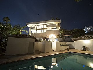 Santa Barbara Riviera LA-style Home, Pool, Near Downtown & Beach