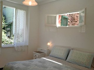 Live like a local in 5 Terre in a cosy and charming holiday apartment, Monterosso al Mare