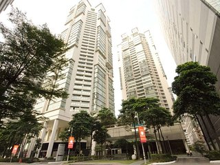 Stunning 2 bedroom 2 bath with private terrace in the heart of KLCC