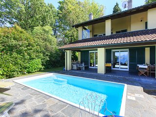 Sunlit holiday villa with private pool!