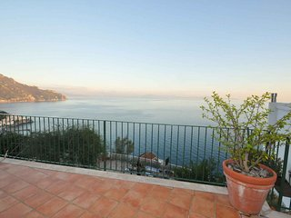 Trilocale a Amalfi per 5 persone ID 552