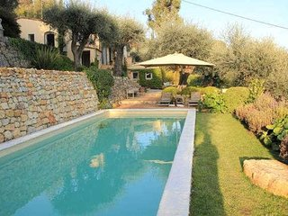 Valbonne, Cote d'Azur villa with private pool and stunning views sleeps 8