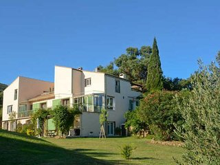 South of France apartments near Argeles sur mer with heated pool sleeps 2-9, Argeles-sur-Mer