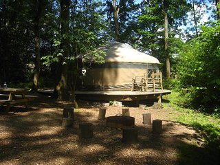 Savannah Yurt, Forest Row