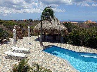 Luxe, vrijstaande vakantievilla Casa Rietje Curacao