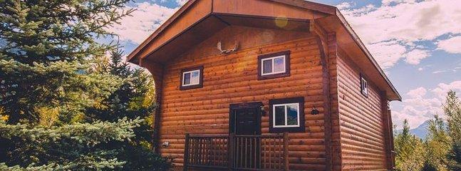 Large Family Cabin   Glacier House Resort, Revelstoke