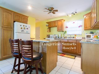 Tangerine Sunsets Honeybell
