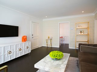 The Dorothy Apartments - Prime Hollywood, Style, Lifestyle, West Hollywood