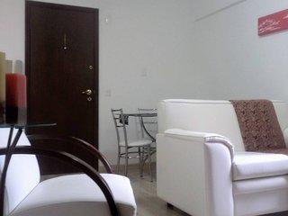 Conforto com excelente localização no centro de Curitiba