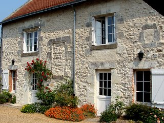 Beautiful Loire cottage with character & modern touches.