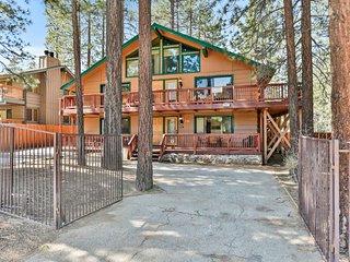 Summit Escape Lodge
