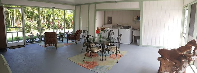 500 Sq. Ft Fully Screened Lanai with Open Air Dining, & Laundry Service