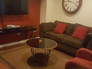 Spacious Amazing 3 Bedroom Near NY, Union City