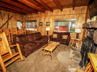 ~Beary Escape~Modern Moonridge Chalet~Full Kitchen With Essentials~Great Local~