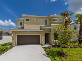 Beautful New Luxury Vacation Home near Disney World Orlando Florida