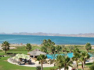 Luxurious Beachfront Condo at Paraiso del Mar, La Paz