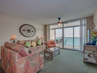 Splendid oceanfront retreat in a family friendly resort, great location