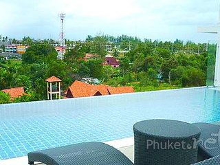 2-Bed Penthouse w/ Private Pool Roof Terrace