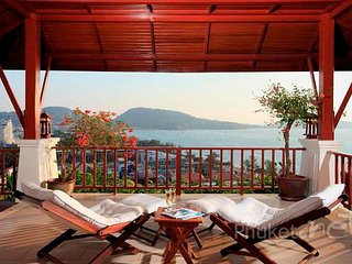Luxurious Sea View Villa in Patong