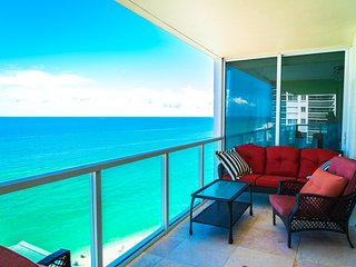 LA PERLA OCEANFRONT 2BDR ON 15TH FL
