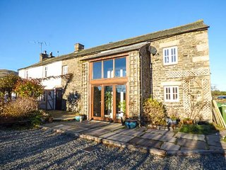 THE BARN, barn-conversion, countryside views, WiFi, Sky Sports, Sedbergh, Ref