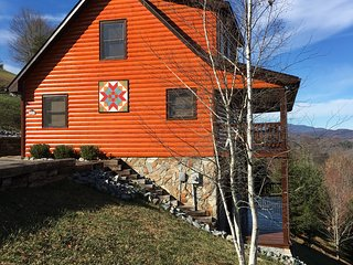 River Country Cabin - Amazing Blue Ridge Mountain Views, Piney Creek