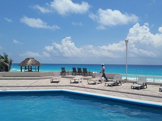 Rental  Condo in Cancun on the Beach!!!