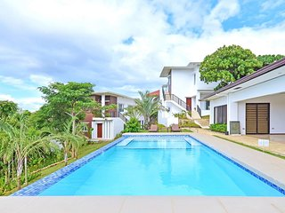 3-Bedroom Pool Villa Yapak, Boracay