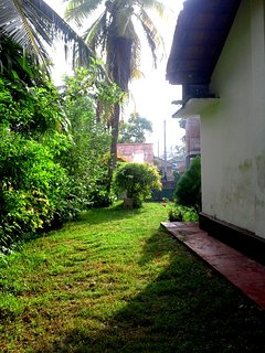 cozy cottage tangalle garden