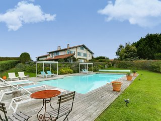 Exceptional Property in the Heart of the Basque Country, Arcangues