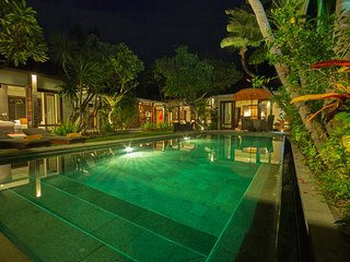 Private Luxury 2 Bedroom Villa in Seminyak