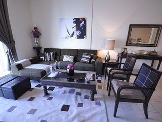 Perfect Family Holiday 2 Bedroom Apartment The Greens, Dubaï
