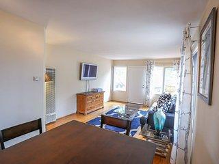 Furnished 1-Bedroom Apartment at La Jolla Blvd & Palomar Ave San Diego