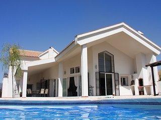 Real Luxury Villa near Ronda - No. 1 on TripAdvisor - Rural Andalucia :)