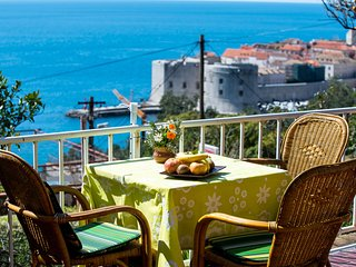 Apartment MIRA - walking distance to Dubrovnik Old City