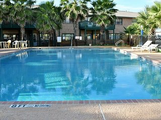 53SV; Condo with a Full Bed Sleeps 2- view of gulf-NO KITCHEN