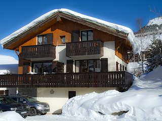 Half chalet close to the Deux Alpes shops and slopes, Venosc