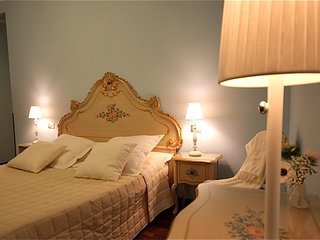 RESIDENZA AL POZZO (private bedrooms with private bathroom), Venecia